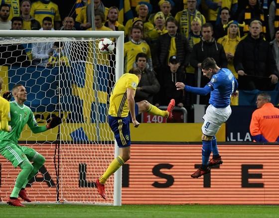 Play-off World Cup 2018: Thụy Điển quật ngã Italia ảnh 1