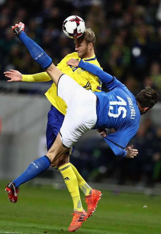 """Play-off World Cup 2018: Buffon kêu gọi tuyển Italia """"đừng hoảng loạn"""" ảnh 2"""