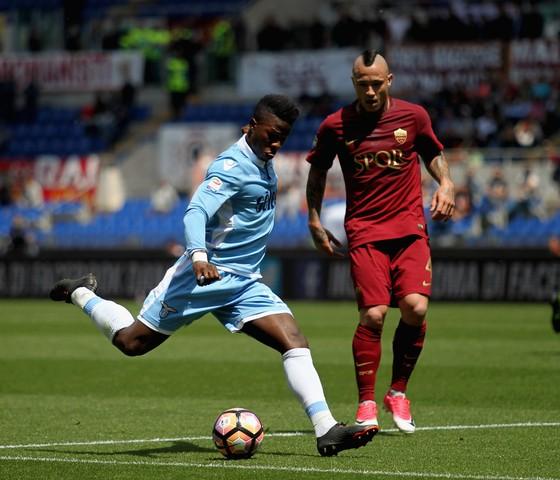 Serie A, vòng 13: Sắc màu derby thành Rome ảnh 2