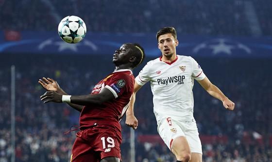 Champions League: Liverpool đánh rơi chiến thắng ở Sevilla ảnh 2