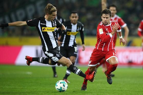 """Bundesliga: Dormund lại """"đột quỵ"""", Heynckes thua trận đầu ảnh 1"""