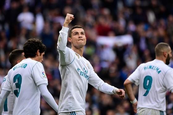 Ronaldo hài lòng với một năm sáng chói ảnh 2