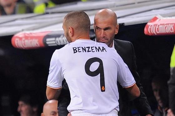 Sốc khi Madrid đòi đổi Benzema lấy Icardi! ảnh 1