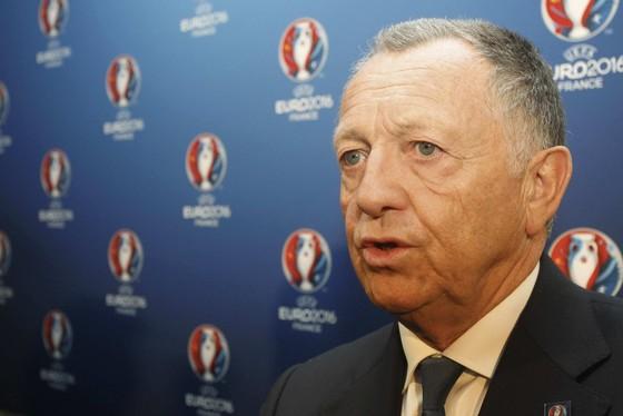 Chủ tịch Lyon tiết lộ bí mật hợp đồng Neymar ảnh 1