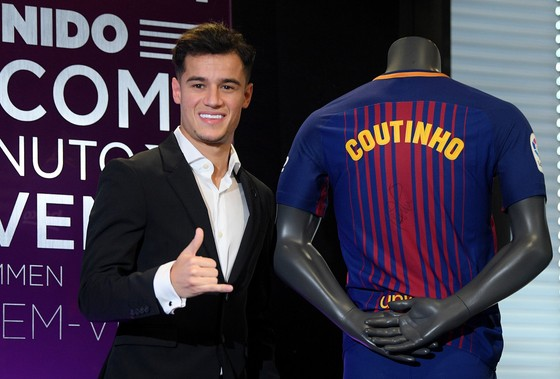 Barca ký bản hợp đồng đắt giá với Coutinho trong mùa đông.