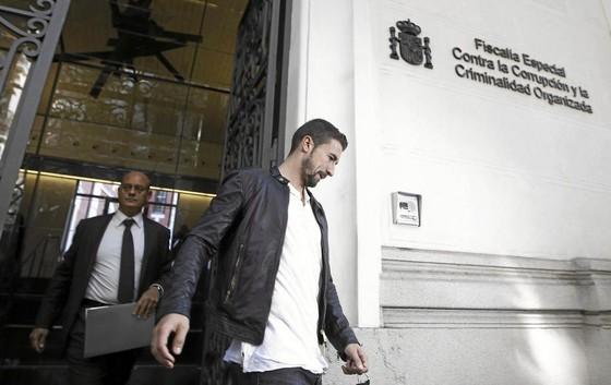 Sao Man.United đối diện án tù 2 năm vì bán độ ở Liga ảnh 1