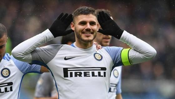 Mauro Icardi mừng cú poker vào lưới Sampdoria.