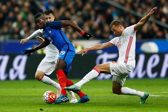 Deschamps tiết lộ: Jose Mourinho thực sự không muốn bán Pogba ảnh 1