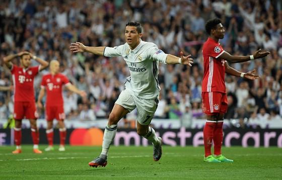 Heynckes sợ Ronaldo sẽ hủy hoại Bayern ảnh 1