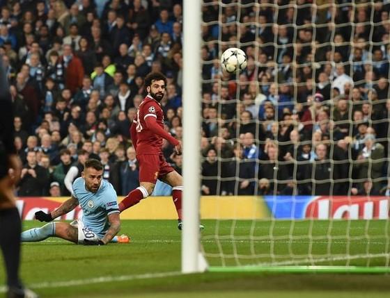 Bàn thắng Salah đánh bại cú xe đạp chỏng ngược của Ronaldo ảnh 3