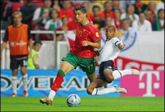 Ronaldo tiết lộ đối thủ e ngại nhất là hậu vệ... Chelsea ảnh 1