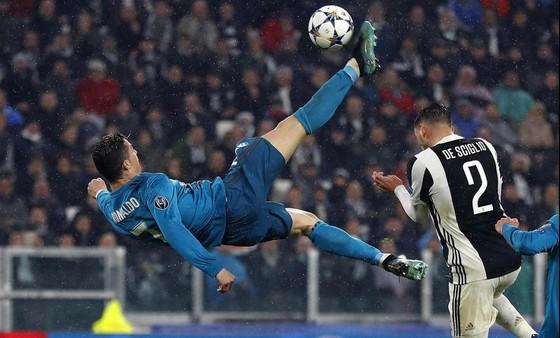 Pha ghi bàn ngoạn mục của Ronaldo đã được vinh danh.