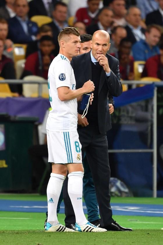 Sốc khi Zidane tuyên bố chia tay Real Madrid ảnh 4