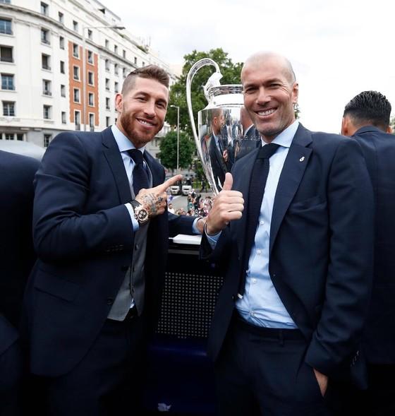 Sốc khi Zidane tuyên bố chia tay Real Madrid ảnh 5