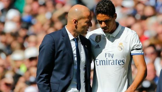 Sốc khi Zidane tuyên bố chia tay Real Madrid ảnh 10