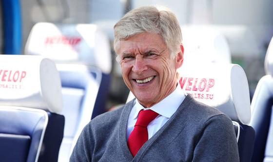 Khi Wenger ứng cử vào ghế HLV Real Madrid ảnh 1