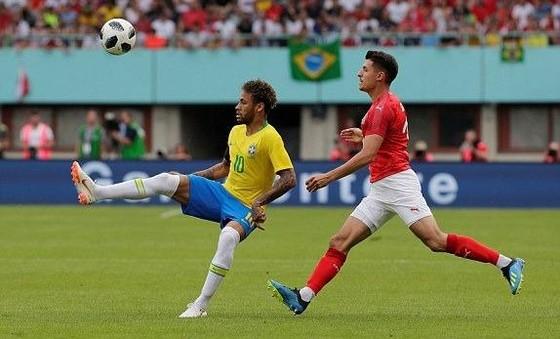 Neymar lại nhảy Samba, Bộ tứ sát thủ hạ gục tuyển Áo ảnh 2