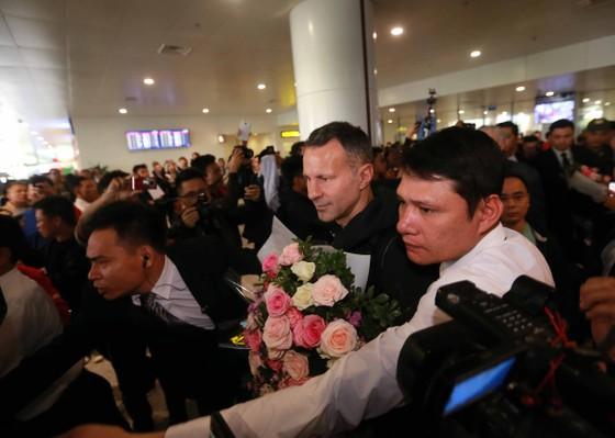 Ryan Giggs và Paul Scholes đã đến Việt Nam ảnh 1