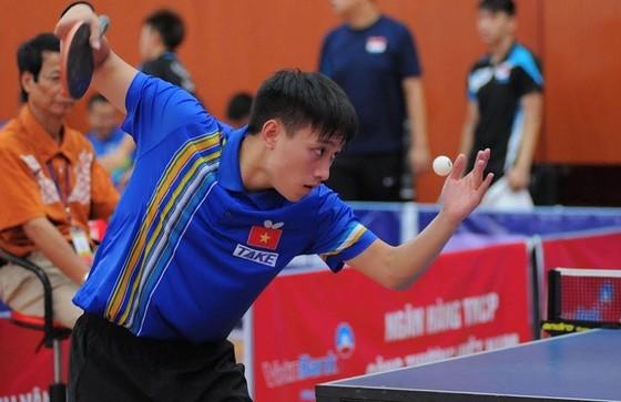 Tay vợt Nguyễn Anh Tú được kỳ vọng lọt vào trận cuối nội dung nam tại giải năm nay. Ảnh: NHẬT ANH