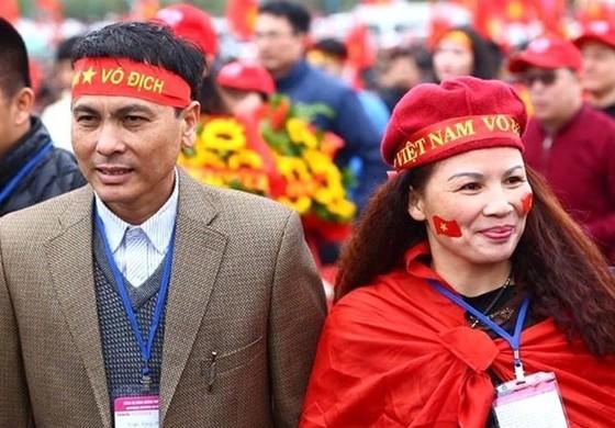 Mẹ tiền vệ Quang Hải: cơm đãi con trai không thể thiếu món gà luộc ảnh 1
