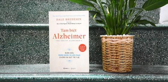 """""""Tạm biệt Alzheimer"""": Ngăn ngừa và hồi phục chứng sa sút trí tuệ  ảnh 1"""