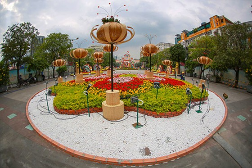 Đường hoa Nguyễn Huệ năm 2019 nhìn từ trên cao ảnh 10