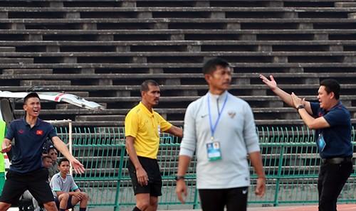 Giải U22 Đông Nam Á 2019: Trọng tài phá hỏng trận bán kết Việt Nam - Indonesia ảnh 1
