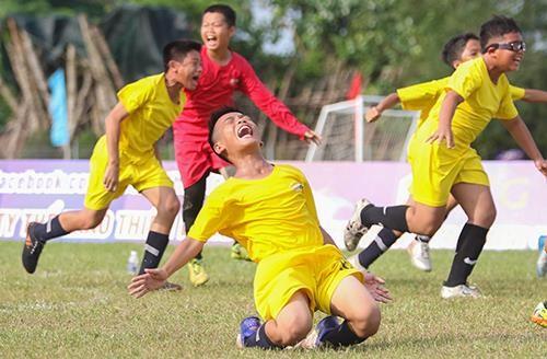 Giải bóng đá thiếu nhi Bà Rịa - Vũng Tàu 2019: Cầu thủ Lê Thái Vũ ghi đến 21 bàn thắng ảnh 5