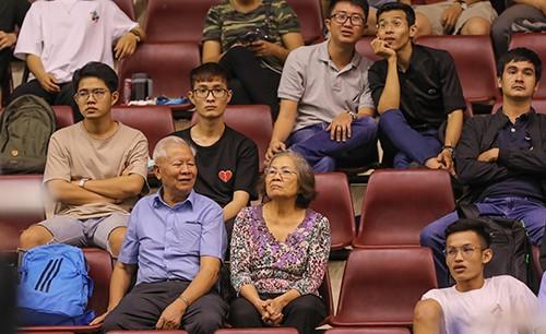 Hàng loạt tay vợt Việt Nam chiến thắng trong ngày ra quân ảnh 2