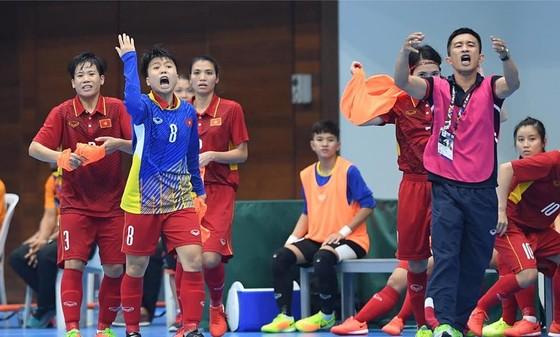 HLV Trương Quốc Tuấn sẽ có cơ hội tuyển quân cho ĐT nữ tại LS Cup 2018