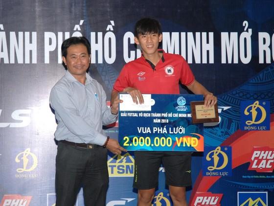 Thái Sơn Nam Q.8 vô địch giải futsal TPHCM 2018 ảnh 4