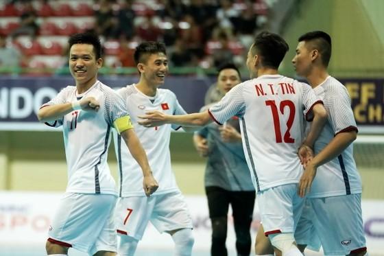 Việt Nam gặp Malaysia ở bán kết futsal AFF Cup 2018 ảnh 1