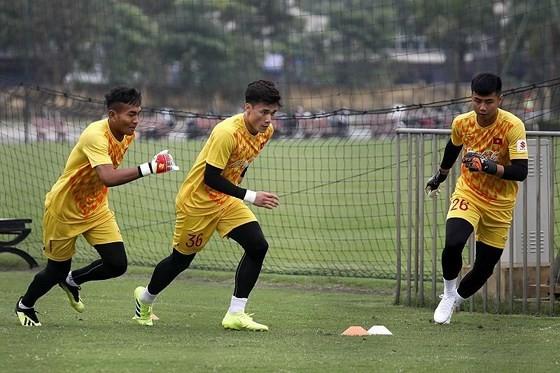 Các thủ môn có tên ở đội U23 đợt này. Ảnh: MINH HOÀNG