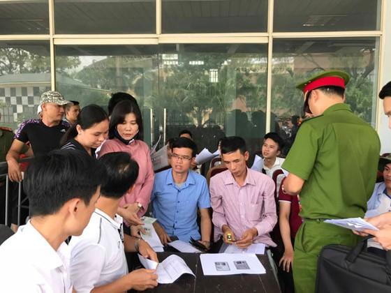 Khán giả Phú Thọ háo hức chờ đội U23 Việt Nam ảnh 1