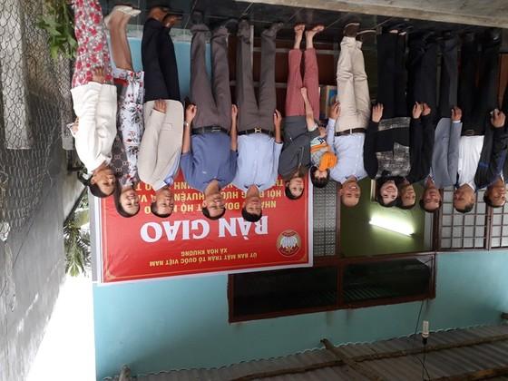 Bàn giao nhà Đại đoàn kết cho hộ nghèo tại xã Hòa Khương ảnh 1