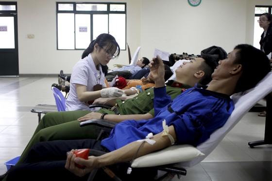 Đà Nẵng: Hiến máu tình nguyện dịp Tết Kỷ Hợi 2019 ảnh 2