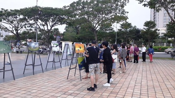 Đà Nẵng: Triển lãm ảnh gây quỹ cho bệnh nhân ung thư ảnh 2