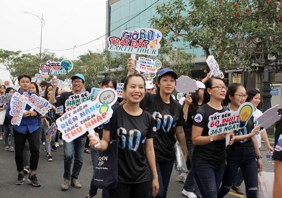 Đà Nẵng: Gần 500 bạn trẻ và người dân tham gia mít tinh hưởng ứng Giờ Trái đất 2019 ảnh 2