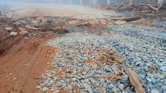 Đoạn đường gần 750 tỷ đồng tan nát sau 1 năm 3 tháng thông tuyến ảnh 2