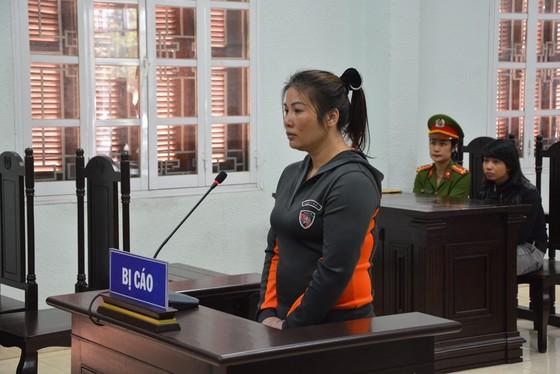Vụ người làm thuê bị bạo hành: Phạt bà chủ 10 năm tù giam ảnh 1