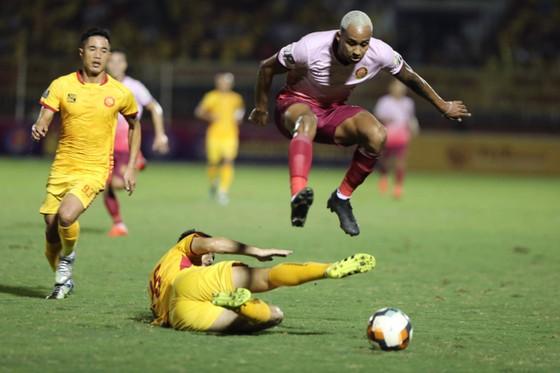 Thanh Hóa tiếp tục khủng hoảng khi thua CLB Sài Gòn ảnh 1