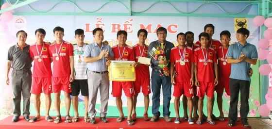 Giải bóng đá mừng Đảng mừng Xuân 2018 – Cúp Bình Điền Tây Ninh lần 1: Sở NN&PTNT đoạt Cúp vàng ảnh 2