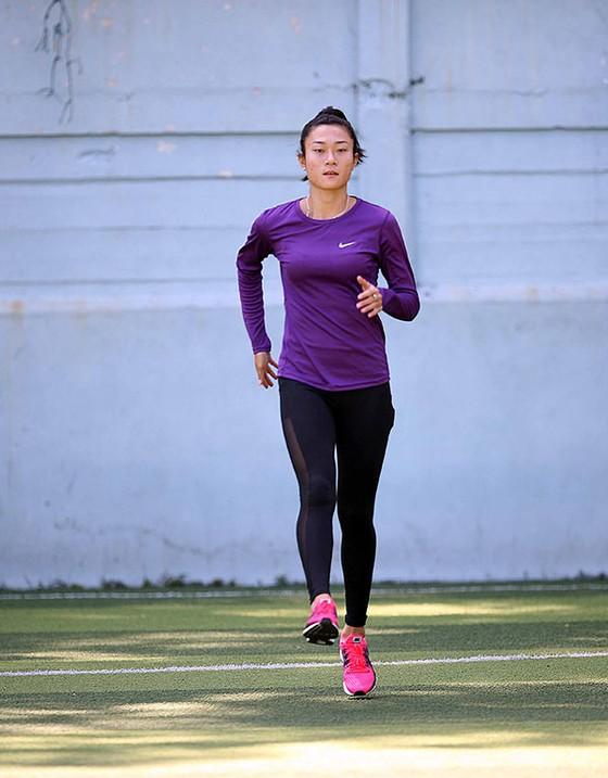 """Nhà vô địch Lê Tú Chinh """"luyện vàng"""" ở xứ cờ hoa ảnh 4"""