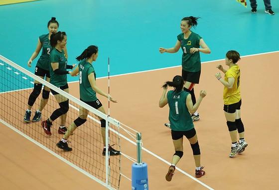 """Cúp bóng chuyền nữ quốc tế VTV9 Bình Điền 2018: Thanh Thuý và các đồng đội """"hạ đẹp"""" Thái Lan ảnh 3"""