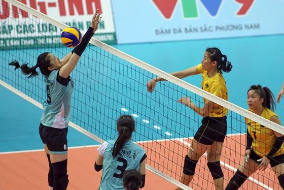 Chung kết Cúp bóng chuyền nữ VTV9 Bình Điền 2018: Ngược dòng ngoạn mục, Giang Tô lên ngôi! ảnh 3