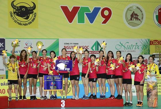 Chung kết Cúp bóng chuyền nữ VTV9 Bình Điền 2018: Ngược dòng ngoạn mục, Giang Tô lên ngôi! ảnh 5