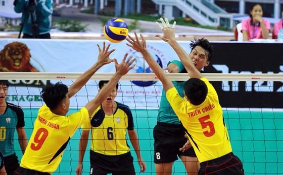 Cúp bóng chuyền các CLB nam châu Á 2018: Sanest Khánh Hòa đánh bại đội bóng Trung Quốc ảnh 1