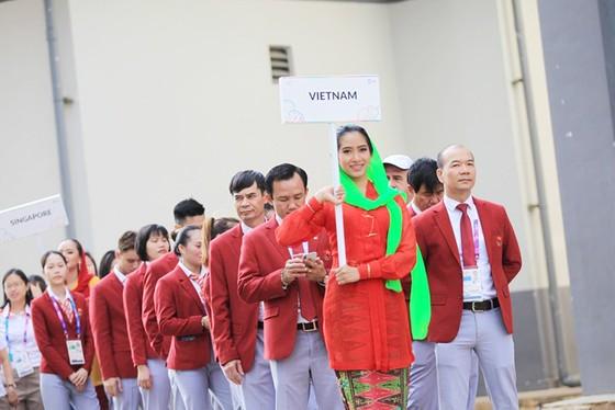 Cờ Việt Nam đã tung bay ở đấu trường Asiad 2018 ảnh 1
