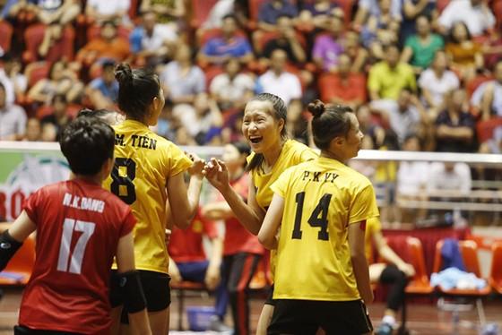 Trẻ VTV Bình Điền Long An đang là đội đương kim vô địch giải nữ. Ảnh: PHÚC NGUYỄN
