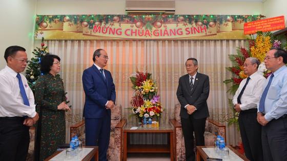 Đoàn lãnh đạo TPHCM thăm, chúc mừng Giáng sinh Hội thánh Tin Lành Việt Nam (miền Nam)     ảnh 1
